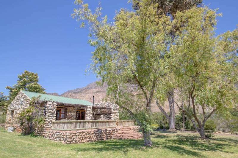 stone-cottage-1
